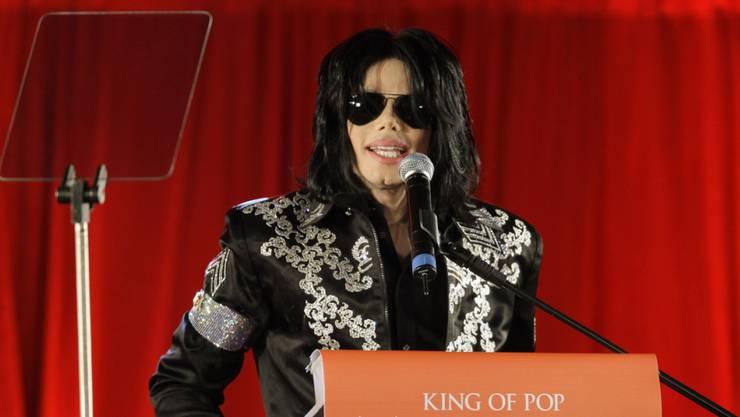 Die Missbrauchsvorwürfe gegen Michael Jackson werden erneut in einem Film thematisiert. Die Nachlassverwalter des Popstars kritisieren die Dokumentation als Geldmacherei. (Archivbild)