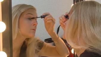 Das Plus-Size-Model Claudia Polar aus Wohlen steht leidenschaftlich gerne vor der Kamera. Letztes Jahr hätte sie ihren Traum beinahe aufgeben müssen. Bei ihr wurde ein Hirntumor entdeckt. Es folgte ein Überlebenskampf.