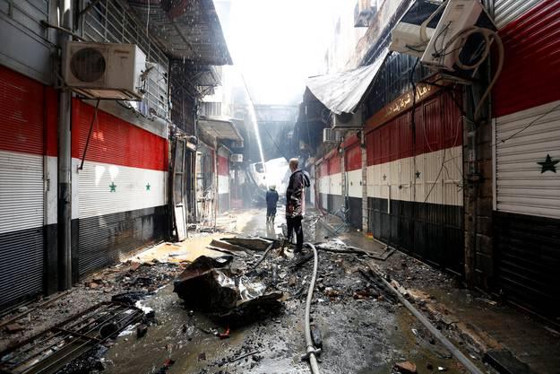 Dutzende Läden sind beim Brand auf dem historischen Asrunijeh-Markt in der Altstadt zerstört worden.