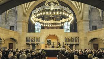 Gedenkfeier für George Gruntz in der Pauluskirche. Andreas Vollenweider eröffnete die Gedenkfeier mit Harfenmusik.