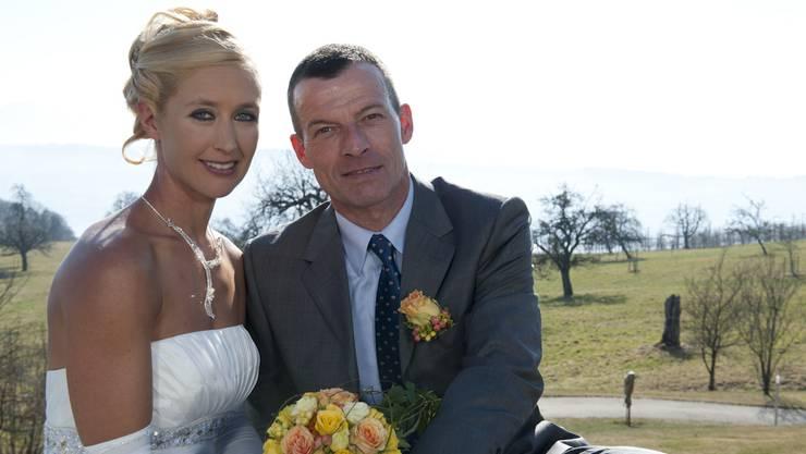 So liess sich das Paar bei seiner Hochzeit ablichten.