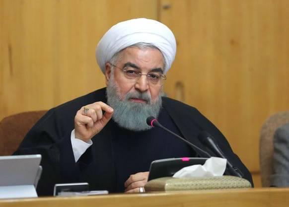 Der iranische Präsident Hassan Ruhani droht der USA mit Vergeltung.