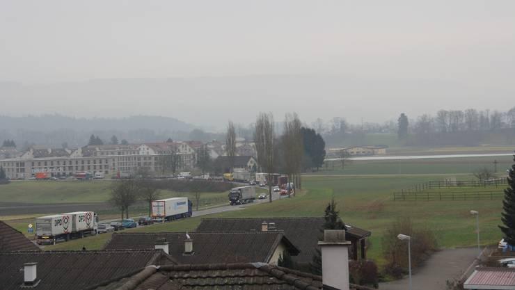 Stau zwischen Mägenwil und Mellingen