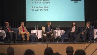 An einem Podium in Liestal äusserte sich Gabriel Barell (2. v.l.) entschlossen gegen die «wirtschaftsfeindliche» SVP-Masseneinwanderungsinitiative. (Archiv)
