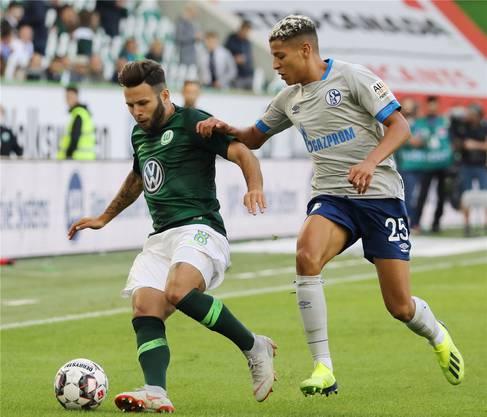 Intern als einer der grössten Fehler taxiert: Renato Steffen (links) ziehen zu lassen und mit Valentin Stocker zu ersetzen. Key