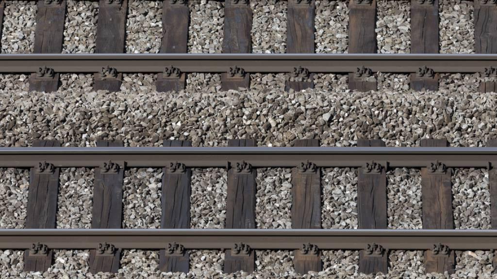 SBB-Strecke Bern-Lausanne bis Montagmorgen unterbrochen