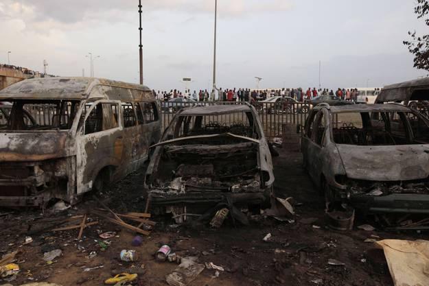 Es wird vermutet, dass die islamistische Sekte Boko Haram für den Anschlag verantwortlich ist.