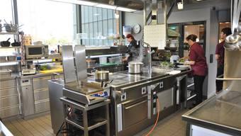 In der kleinen Küche des Restaurants Gnadenthal fehlt es an Abstellflächen.