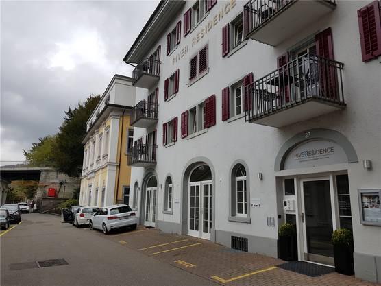 1835 als Scheune des «Limmathofs» gebaut, später als Dépendance des Badhotels genutzt: Im Parterre der «River Residence» soll es ein neues Restaurant geben.