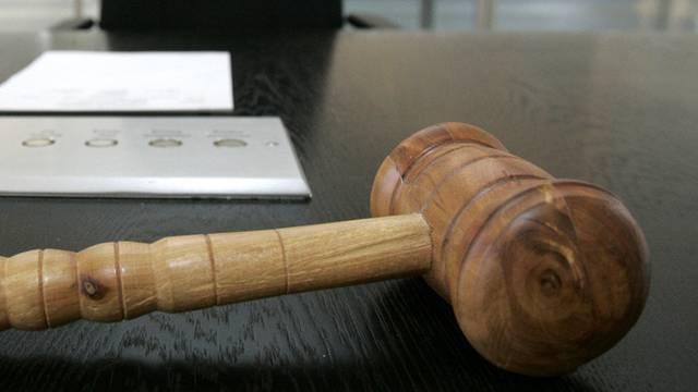 Das Appellationsgericht reduziert die Strafe um zwei Jahre. (Symbolbild)