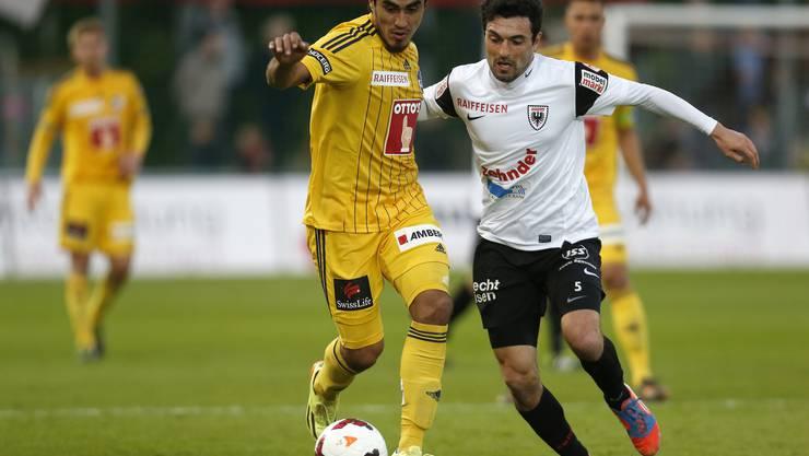 Zweikampf:  Luzerns Dario Lezcano (links) gegen Aaraus Luca Radice.