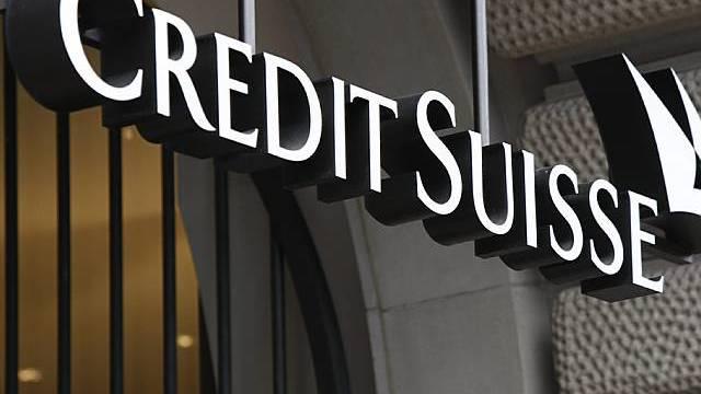 Credit Suisse zahlt Angestellten mehr Lohn (Archiv)