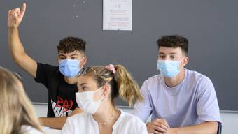 Ausweitung der Maskenpflicht an Zürcher Schulen. (Symbolbild)