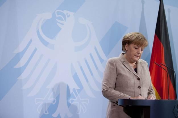 Bundeskanzlerin Merkel bedauert den Abgang Wulffs