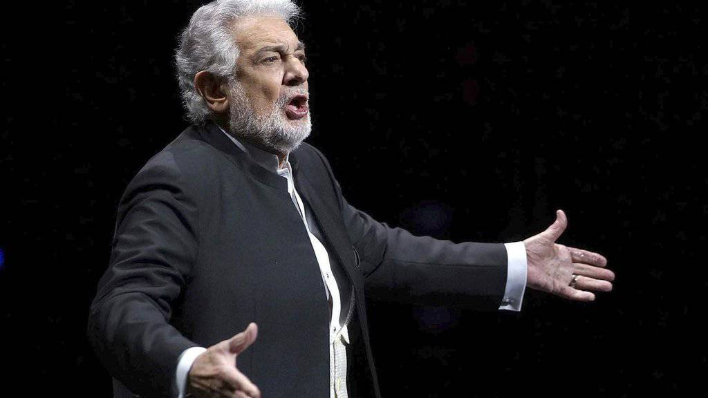 """Plàcido Domingo wird heute 75: Die offizielle Feier des """"Opern-Weltmeisters"""" findet jedoch erst im Juni statt - in einem Fussballstadion."""