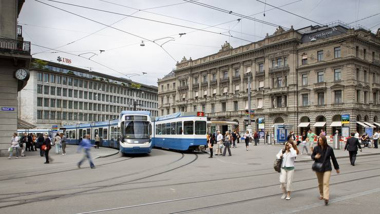 Paradeplatz Zürich - Finanzplatz Schweiz