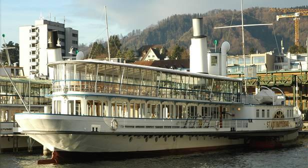 Die «Stadt Rapperswil» fährt seit 1914 auf dem Zürichsee. Nach und nach werden die Teile ersetzt, denen der Jahrhunderteinsatz zugesetzt hat.