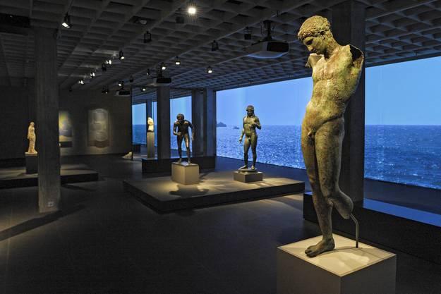 Bronzefiguren aus Neapel.