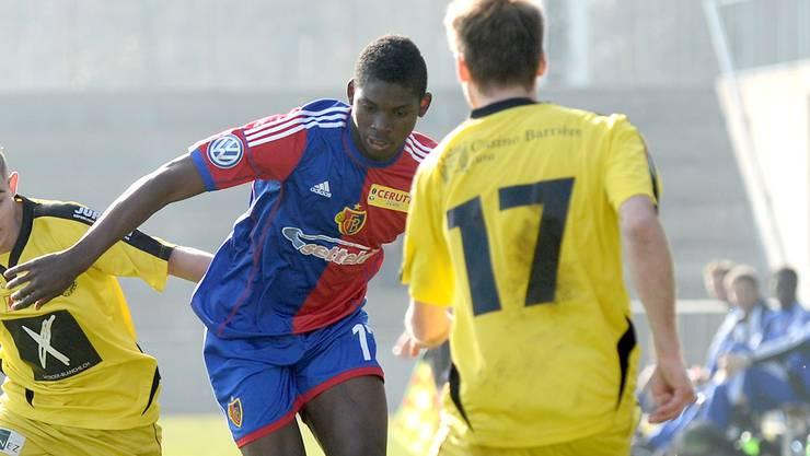 Breel-Donald Embolo (M.) hatte in dieser Saison weniger Einsatzminuten im Dress der U21, als in der ersten Mannschaft.