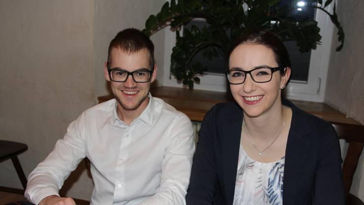 Die beiden strahlenden Kandidierenden - Simon Hafner und Rahel Fluri
