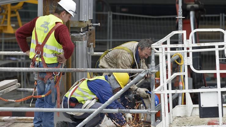 Bauarbeiter aus Rumänien sollen bei der Baustelle eingesetzt worden sein. (Symbolbild)