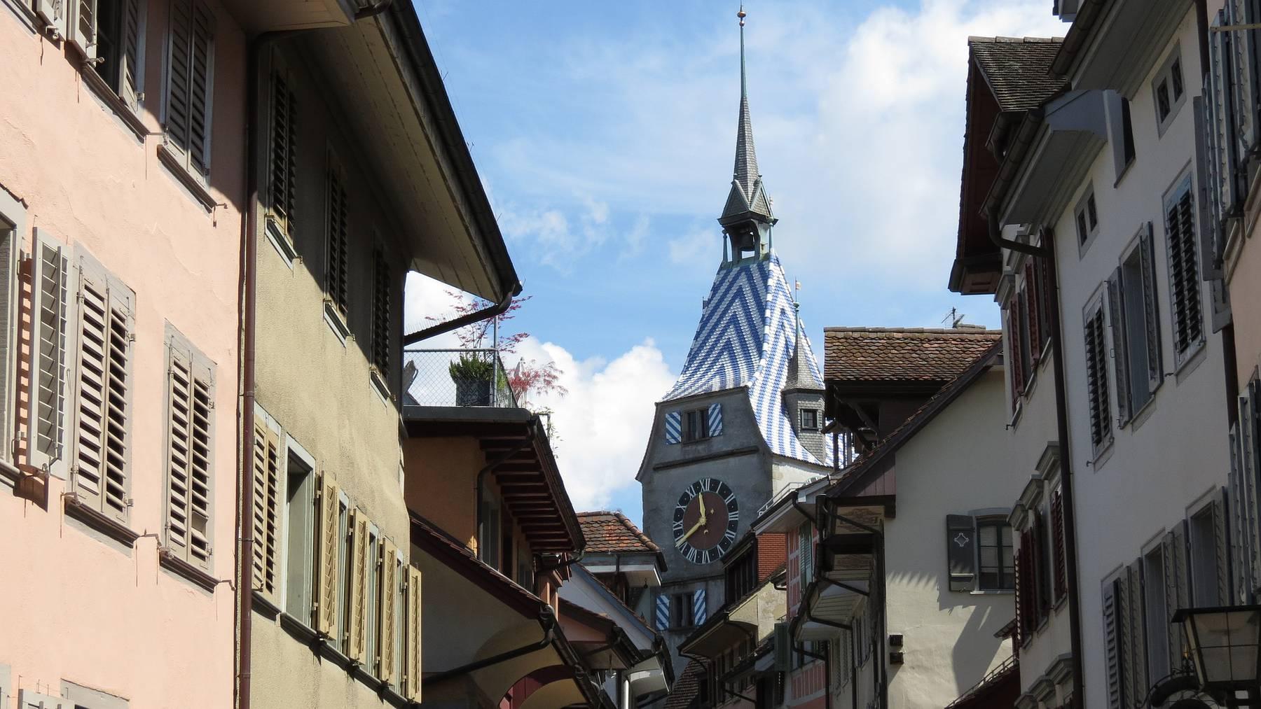 Blick durch die Zuger Innen- und Altstadt