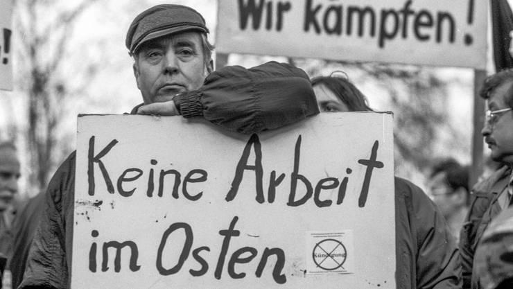 Schuld an der Wirtschaftsmisere im Osten? Na klar: die «Treuhand»! Demonstranten in Berlin 1992.