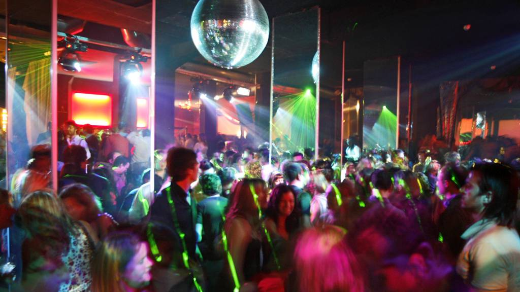Kanton Schaffhausen verlängert Ausweispflicht in Bars und Clubs