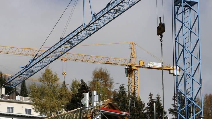 Schweizer Hausbesitzer sind von den Zinsspekulationen in Europa betroffen.