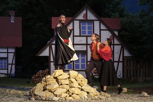 Hier weitere Impressionen vom Freilichtspiel Romeo & Julia von Iris Minder