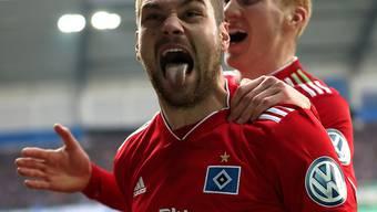 Matchwinner: Pierre-Michel Lasogga führt den HSV mit einer Doublette in die Halbfinals
