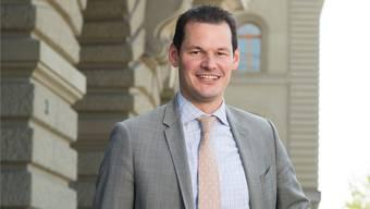 «Provokation macht für mich einen Teil der Lust aus, die ich am Politisieren verspüre»: der Genfer Staatsrat Pierre Maudet vor dem Bundeshaus in Bern.