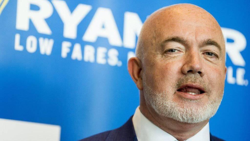 Der Marketingchef von Ryanair, David O'Brien, droht mit der Schliessung einer Basis der irischen Billig-Fluggesellschaft auf einem Flughafen in Norwegen.