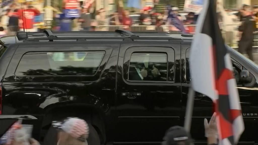 Covid-Patient Trump lässt sich im Auto von Anhängern  bejubeln