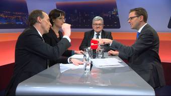 Die beiden GrossrätePascal Furer (SVP) und Viviane Hösli (SP)sowieFinanzdirektor Roland Brogli diskutierten mit Moderator Christian Dorer (von links)über die Aargauer Sparmassnahmen. Sehen Sie hier die Highlights im Zusamennschnitt.
