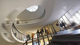 Universität Basel.