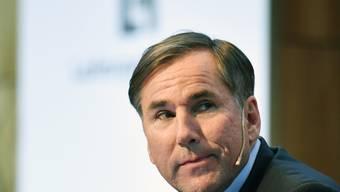 LafargeHolcim konnte den Umsatz steigern: CEO Jan Jenisch an einer Pressekonferenz (Archivbild).