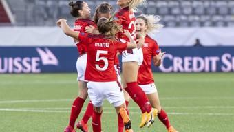 Die Schweizerinnen schlagen Belgien in Spitzenspiel der Gruppe H knapp mit 2:1