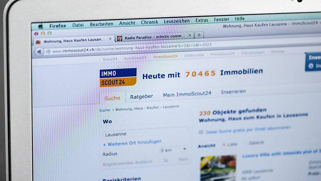Hauskäufer können neu auch auf der Online-Plattform bonus.ch nach den günstigsten Hypotheken Ausschau halten. (Archiv).