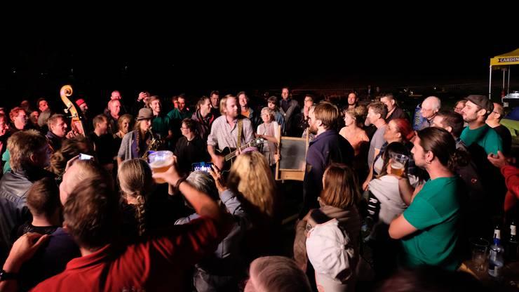 Zum Abschluss des Konzerts spielten The Ragtime Rumours inmitten des Publikums.
