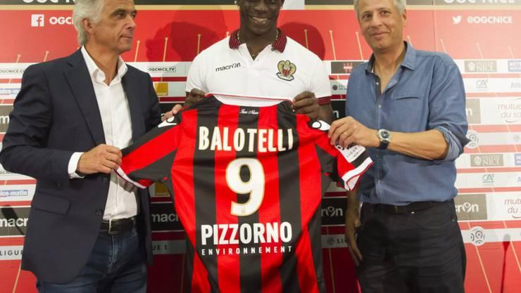 """Soll das """"Enfant terrible"""" Mario Balotelli in Nizza bändigen: Trainer Lucien Favre (rechts)"""