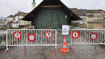 Die spektakulärsten Bilder vom Brand der Holzbrücke in Olten.