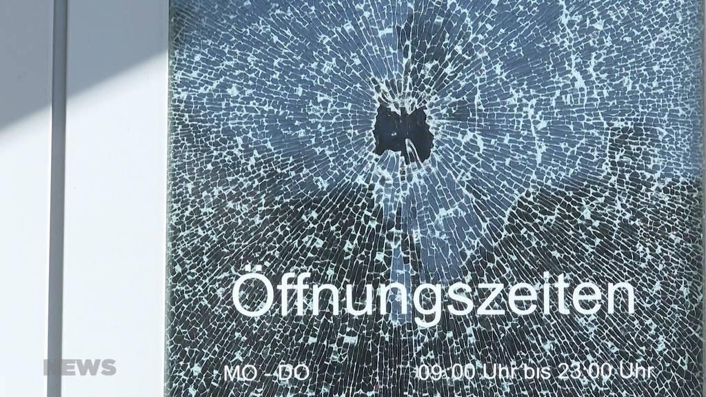 Pizza-Huus, Coiffure Silvia und Autos demoliert: Im Breitenrain kommt es letzte Nacht zu Sachbeschädigungen