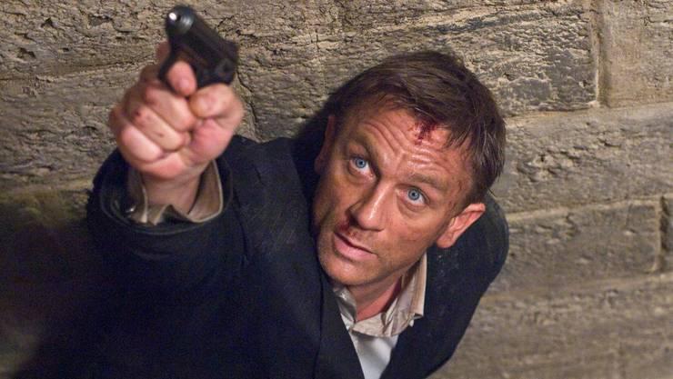 Daniel Craig alias James Bond in Action