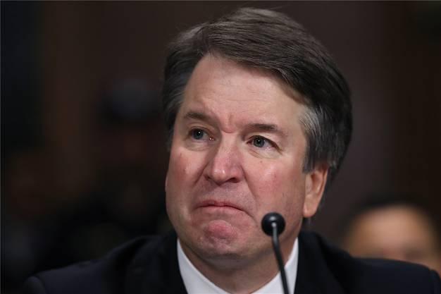 Brett Kavanaugh verteidigte in einem Zeitungsartikel ein Verhalten bei einer Senatsanhörung, in der er zu Vorwürfen sexueller Angriffe gegen Frauen befragt worden war.