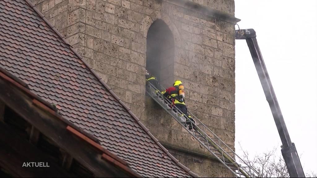 Ausgerechnet an Heiligabend brennt Kirchturm