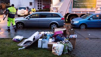 Im ERZ gab es Probleme in der Chefetage, nicht an der Front: Die Müllmänner der Stadt Zürich machen einen guten Job, sagen ihre Chefs Daniel Aebli und Richard Wolff.