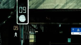 Countdown-Uhren zeigen den Fussgängern an, wie lange die Phase noch dauert.