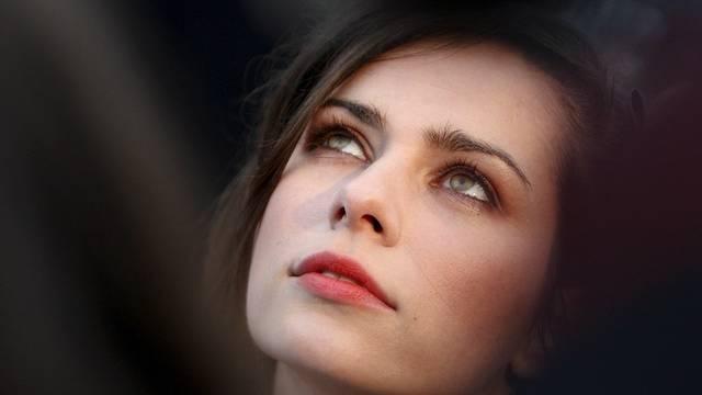 Zweiohrküken-Darstellerin Nora Tschirner steht auf ehrgeizige Männer