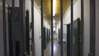 Sieben Jahre Haft für Messerstecher von Interlaken (Symbolbild)
